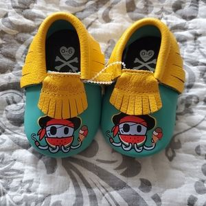 Itzy Ritzy Baby Slippers 0-6 Months